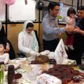 Create a temporary charity market  to help orphans